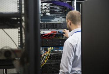 Serverovny a jejich řešení